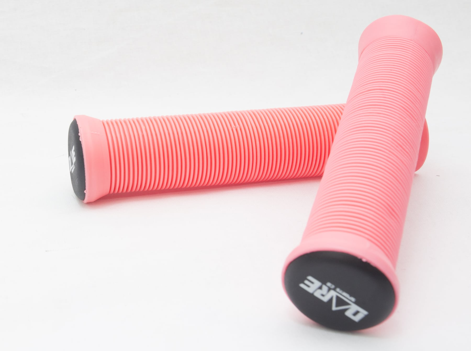 An image of Dare Sports Trooper Grips - Pink